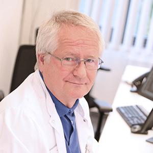Dieses Bild zeigt ein Portrait von Herrn Dr. med. Ulrich Mack