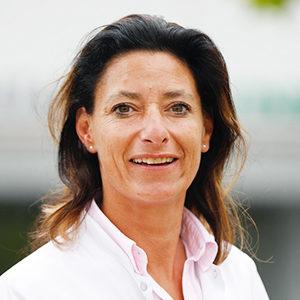 Dieses Bild zeigt ein Portrait von Frau Dr. med. Julia Sebald