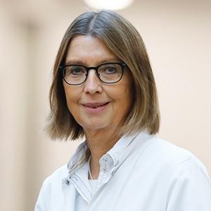 Dieses Bild zeigt ein Portrait von Dr. med. Sabine Hoffmann-Metzger
